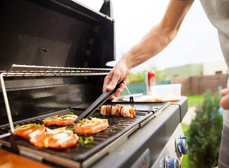 Barbecue Accessories Make Great Gift Ideas for Men