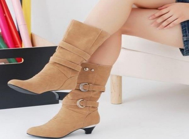 Fashionable and Stylish Ladies Boots